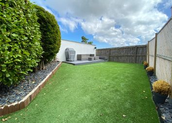 2 bed flat for sale in Salterns Road, Poole, Dorset BH14