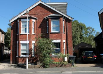 Thumbnail 1 bed flat to rent in De La Warr Road, East Grinstead