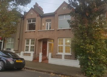 3 bed maisonette to rent in Idlecombe Road, Tooting SW17