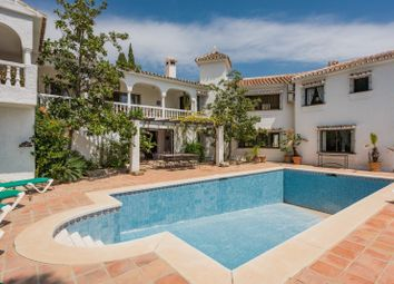 Thumbnail 6 bed villa for sale in Sierrezuela, Costa Del Sol, Spain