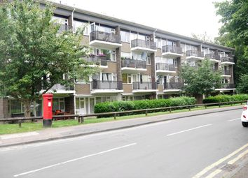Thumbnail 2 bed flat to rent in Langton Road, Hoddesdon