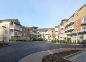 Thumbnail 2 bedroom flat for sale in Oatlands Drive, Weybridge, Surrey
