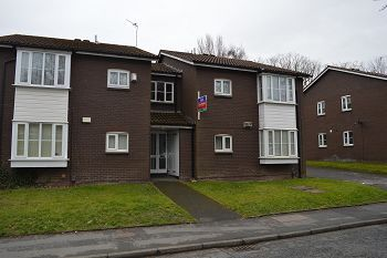Thumbnail 1 bed flat to rent in 58 The Dell, Rock Ferry