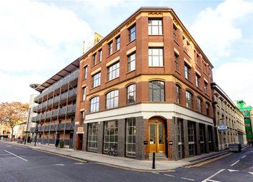 2 bed flat for sale in Shepherdess Walk, London N1