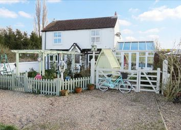 Thumbnail 3 bed detached house for sale in Myrtle House, Tattershall Road, Billinghay