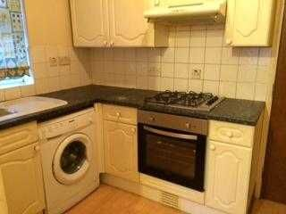 Thumbnail 1 bed flat to rent in Marlborough Road, Hillingdon