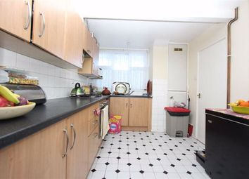 2 bed flat for sale in Goodmayes Lane, Ilford, Essex IG3