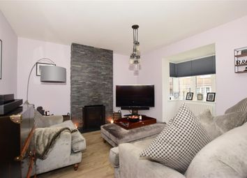 3 bed detached house for sale in Goldfinch Drive, Ashford, Kent TN25