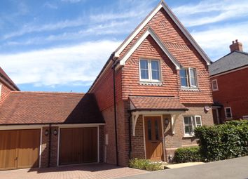 Baldwin Close, Hartley Wintney RG27. 3 bed detached house