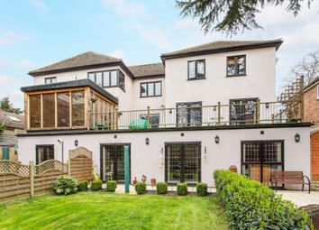 Thumbnail 6 bed property for sale in Woodlands Drive, Hoddesdon