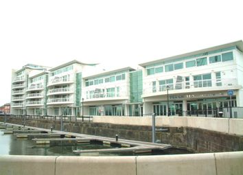 2 bed flat to rent in Sovereign Quay, Havannah Street, Cardiff CF10