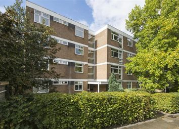 Thumbnail 2 bed flat to rent in The Carltons, Carlton Drive, Putney