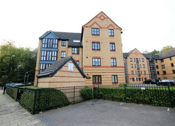 Thumbnail 2 bed flat to rent in Tidworth Street, Bow