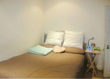 Thumbnail Room to rent in Garthland Drive, Arkley, Barnet