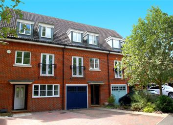 Thumbnail 3 bed terraced house to rent in Albion Way, Edenbridge