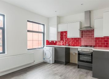 Thumbnail 1 bed flat to rent in Park Place, Cathays, Cardiff