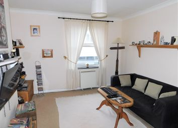 Thumbnail 1 bed flat to rent in Station Road, Liphook
