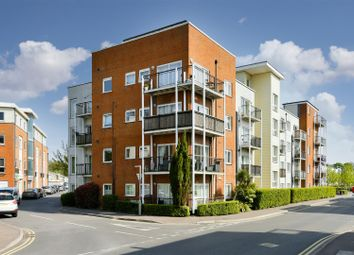 Thumbnail 1 bed property for sale in Canalside, Merstham, Redhill