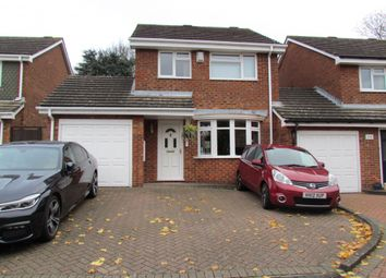 Thumbnail 3 bed detached house for sale in Uppershott, Cheshunt