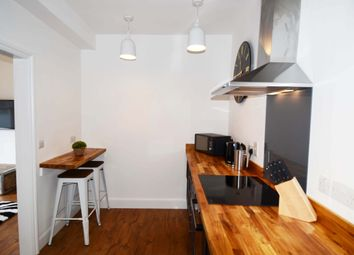 Thumbnail 2 bed flat to rent in 61A Parsons Street, Banbury