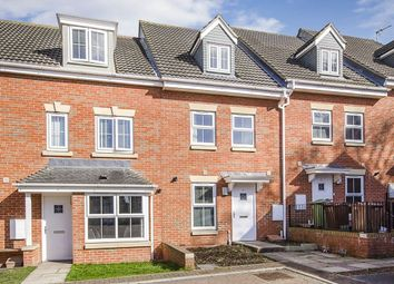 3 bed property for sale in Edlington View, Knottingley WF11