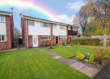 3 bed end terrace house for sale in Barrow Close, Redditch B98
