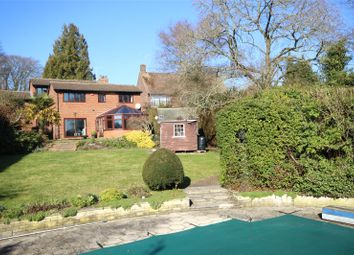 Thumbnail 5 bed property for sale in Kings Road, Alton, Hampshire