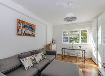Thumbnail 2 bed flat for sale in Embassy House, South Hampstead