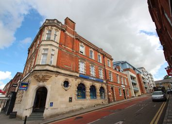 2 bed flat to rent in Corporation Street, High Wycombe HP13