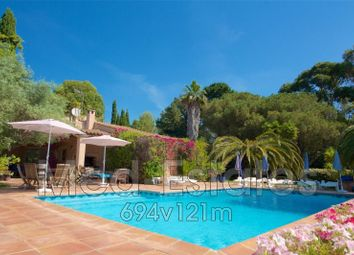 Thumbnail 4 bed villa for sale in La Croix-Valmer, Var, Provence-Alpes-Côte D'azur