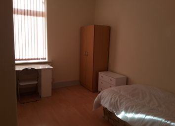 Thumbnail Room to rent in Beaconsfield Road, Hexthorpe, Doncaster