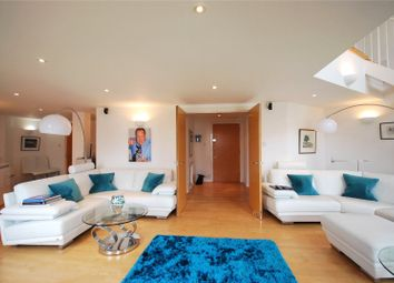 2 bed flat to rent in New Atlas Wharf, 3 Arnhem Place, London E14