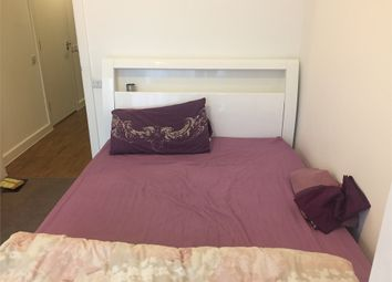 Thumbnail Room to rent in 12 New Union Close, London