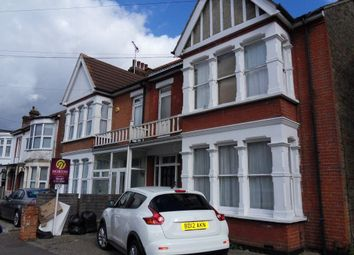 Thumbnail 1 bed flat to rent in Elderton Road, Westcliff-On-Sea