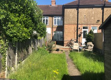 1 bed maisonette to rent in Penton Avenue, Staines TW18