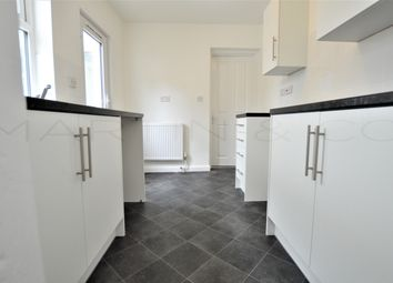 2 bed terraced house to rent in Chamberlain Road, Chatham ME4