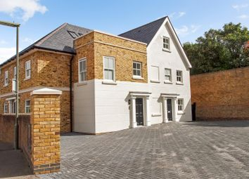 Thumbnail Room for sale in Moor Lane, Staines-Upon-Thames
