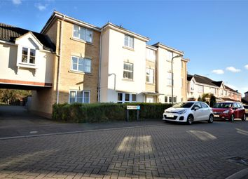 Thumbnail 2 bed flat to rent in Elder Crescent, Andover
