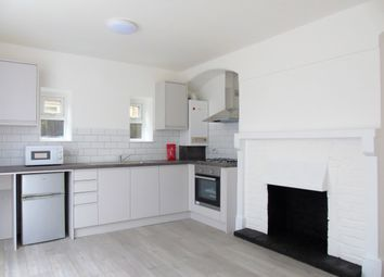 Thumbnail 1 bed flat to rent in Glossop Road, Sanderstead, Surrey