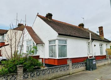 Thumbnail 3 bed bungalow to rent in Beattyville Gardens, Ilford