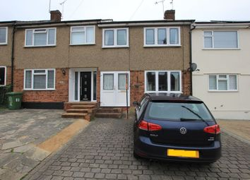 Thumbnail 3 bed property to rent in Passingham Avenue, Billericay