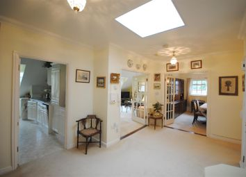 Thumbnail 3 bedroom flat for sale in Benningfield Gardens, Berkhamsted