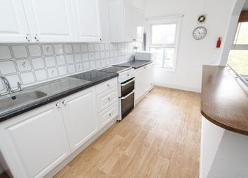 Thumbnail 1 bed flat to rent in Station Road, Harold Wood