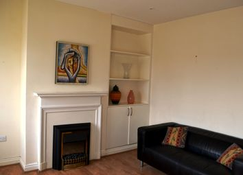 Thumbnail 2 bed flat to rent in Falloden Way, Hampstead Suburb