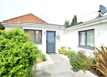 Thumbnail 1 bed bungalow to rent in School Road, Tilehurst, Berkshire