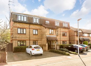 Thumbnail 1 bed flat for sale in Magpie Close, London