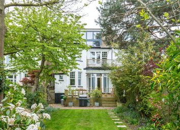 Thumbnail 2 bed flat for sale in Clifton Avenue, Church End, London