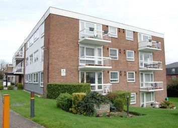 Thumbnail 3 bed flat to rent in Palmerston Road, Buckhurst Hill