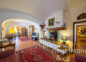 Thumbnail 5 bed town house for sale in Italy, Tuscany, Siena.