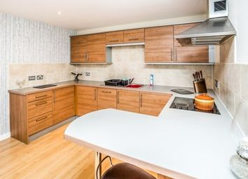 2 bed flat to rent in Chantry Waters, Wakefield WF1